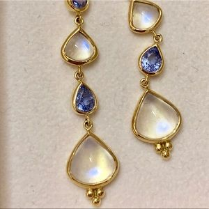 Temple St. Clair gold moonstone earring